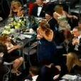 Tudo ok no visual, Jennifer vai receber seu prêmio