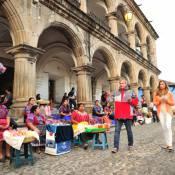 Grazi Massafera leva a filha, Sofia, à Guatemala: 'É cedo para deixá-la sozinha'