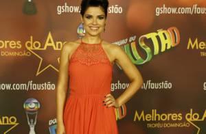 Vanessa Giácomo aparece pela 1ª vez com visual anos 80 de 'Falso Brilhante'