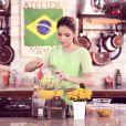 Carol Celico, mulher do jogador Kaká, preparou um cardápio especial para a Copa do Mundo