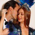 Marina Ruy Barbosa posou com o marido, Xande Negrão, antes do baile da Vogue