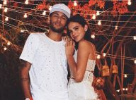 Neymar e Bruna Marquezine chegam de mãos dadas à festa do craque em Paris. Vídeo