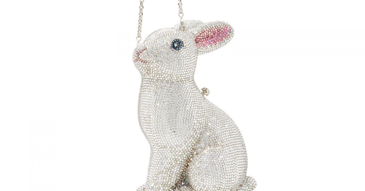 dc8470ec8 A bolsa de coelho superfofa Judith Leiber, feita com cristais austríacos, é avaliada  em $ 5.495, aproximadamente R$ 18.150 - Purepeople