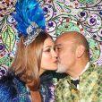 Marina Ruy Barbosa posa com o estilista francês  Christian Louboutin no Baile da Vogue