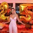 Jade Seba comemorou seus 25 anos em casa de festas de São Conrado, Zona Sul do Rio de Janeiro