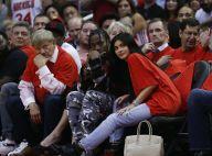 Kylie Jenner segue em casa separada do namorado após chegada da filha: 'Felizes'