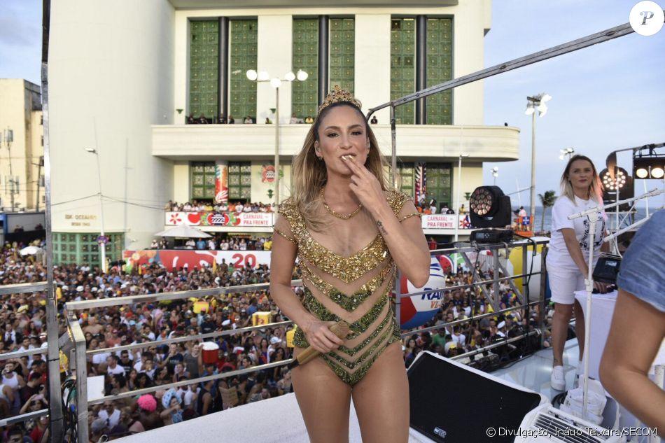 Claudia Leitte abre Carnaval de Salvador sem Pitbull e com aula de zumba nesta quinta-feira, dia 08 de fevereiro de 2018