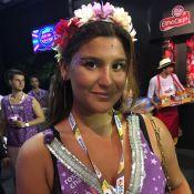 Solteira, Giulia Costa curte Carnaval com amigos e conta: 'Não beijei ainda'