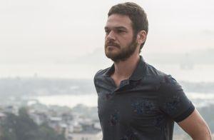 Emilio Dantas grava cenas da próxima novela das 21h no Carnaval: 'Cantor de axé'