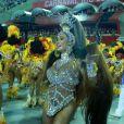 Gracyanne Barbosa festejou estreia como rainha da União da Ilha, na madrugada desta terça-feira, 13 de fevereiro de 2018: 'Dedicar como debutante'