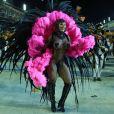 A fantasia de Juju Salimeni foi inspirada no figurino de Claudia Raia no musical 'Cabaret'. ' É uma rede com pedras. Está tudo colado, amarrado, costurado. Não cai de jeito nenhum', disse