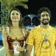 Thaila Ayala e Renato Góes curtiram juntos o segundo dia de desfiles na Sapucaí