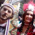 Fátima Bernardes e Túlio Gadêlha curtiram bloco de Carnaval Cacique de Ramos em Olaria, Zona Norte do Rio de Janeiro, nesta terça-feira, dia 13 de fevereiro de 2018