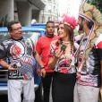 Fátima Bernardes e o namorado, Túlio Gadêlha, se divertiram no Rio de Janeiro após a jornalista apresentar os desfiles das escolas de samba do grupo especial na madrugada