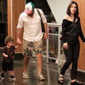 Alexandre Nero e a mulher passeiam com o filho, Noá, em shopping. Fotos!