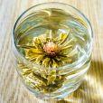 O chá de Lótus  ajuda o organismo a tratar doenças. Ele r egulação a frequência cardíaca e pressão arterial