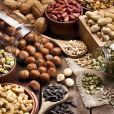 Os óleos vegetais  são essenciais para um bom crescimento e fortalecimento das unhas