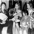 Paul McCartney teve três filhos com Linda Eastman, Stella, Mary   e Heather