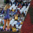 Claudia Leitte canta com Jennifer Lopez e Pitbull na abertura da Copa do Mundo