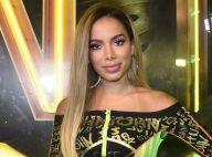 Anitta faz relato após 4 dias sem celular nas férias: 'Tudo como antes'
