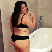 Mariana Xavier posta foto de lingerie e incentiva fãs: 'Pressões fazem adoecer'