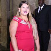 Marília Mendonça usa look vermelho para casamento do sertanejo Matheus: 'Sou fã'