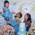 Naldo Benny se vestiu de príncipe para festa de 3 anos da filha, Maria Victória