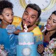 Naldo Benny e a mulher, Ellen Cardoso, celebraram o aniversário da filha, Maria Victória