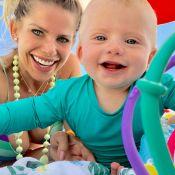 Karina Bacchi relata mudanças como mãe no Dia da Mulher: 'Mais madura e feliz'