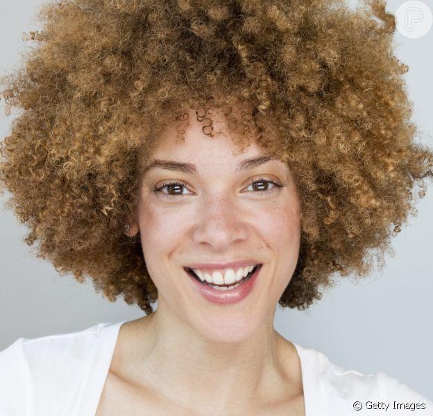 Do 2A ao 4C: saiba qual o tipo do seu cabelo cacheado e descubra truques para cuidar dos fios!
