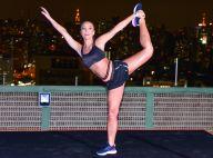 Sabrina Sato exibe corpo musculoso e elasticidade em noite de corrida em SP
