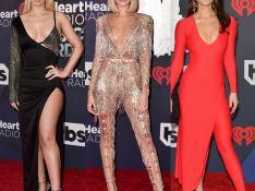 Brilho e assimetria marcam looks das famosas no iHeartRadio Awards 2018. Fotos!