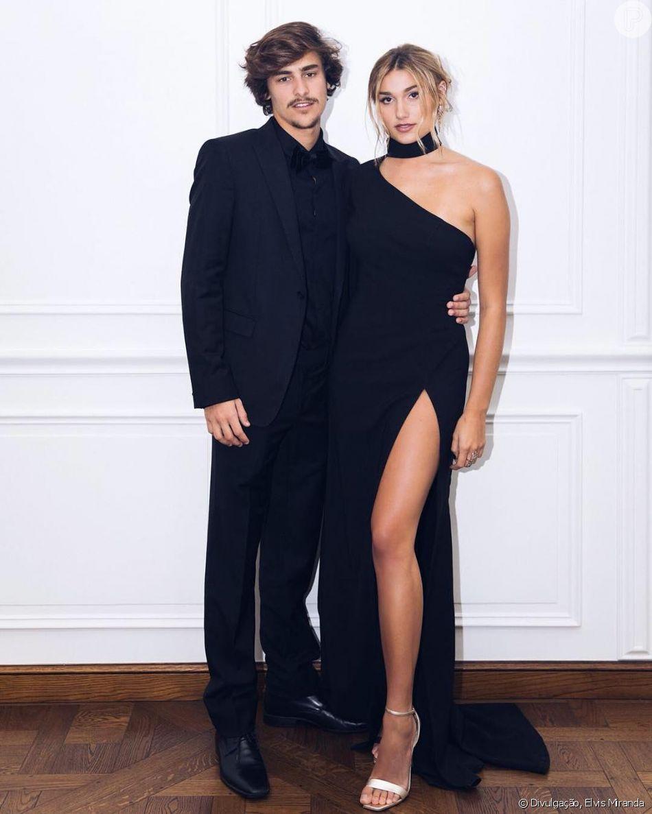 Sasha Meneghel acompanhou estreia do namorado, Bruno Montaleone, na novela 'O Outro Lado do Paraíso', nesta segunda-feira, 12 de março de 2018