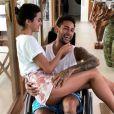 Ainda se recuperando da cirurgia no pé direito, Neymar está confirmado na festa da irmã, Rafaella Santos