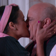 Após beijo na boca dado por Franciely (Carol Loback), Silvestre (Blota Filho) a pede em namoro e ela aceita, no capítulo que vai ao ar sexta-feira, dia 30 de março de 2018, na novela 'Carinha de Anjo'