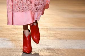 Botas vermelhas em alta! Stylist dá dicas de como usá-las no outono/inverno 2018