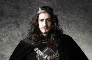 4ea9b8a218551  Deus Salve o Rei   Rodolfo tem crise de ciúmes e passa a rejeitar  Catarina.