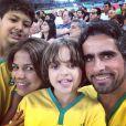 Nivea Stelmann também conferiu o jogo no Maracanã ao lado do marido, Marcus Rocha, do filho, Miguel, e do enteado, Joaquim. Na foto postada no Instagram escreveu: 'Família'