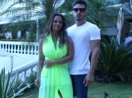 Namorado troca carinho com Viviane Araujo em show: 'Que sorte'. Vídeo!
