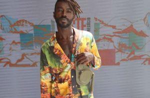 Jonathan Azevedo estreia como modelo em desfile e entrega sonho: 'Ser galã'