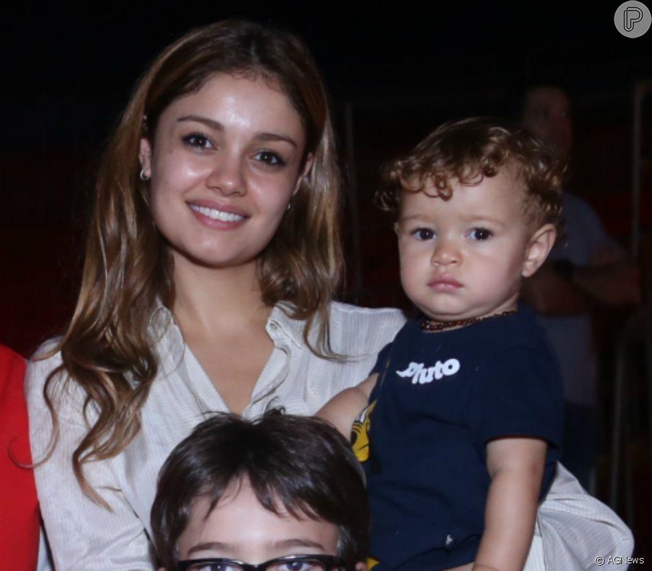 12c5ef4b909 Cresceu! Sophie Charlotte se surpreende com tamanho do filho   Na ...