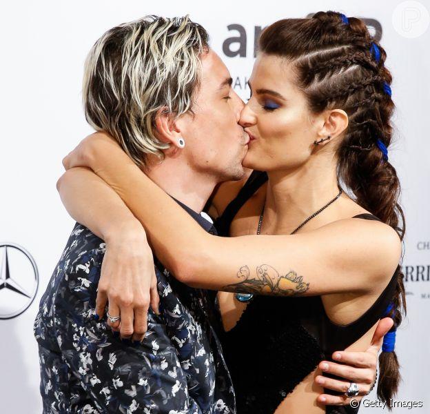 Di Ferrero e Isabeli Fontana prestigiam Baile de Gala amfAR, em São Paulo, nesta sexta-feira, 13 de abril de 2018