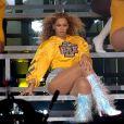 Beyoncé surpreendeu ao trocar de roupa por cinco vezes, todos os looks personalizados da grife Balmain para um show que durou duas horas