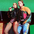 Anitta trocou de bota para show com J Blavin no festival Miami Bash 2018, nos Estados Unidos, no sábado, 14 de abril de 2018
