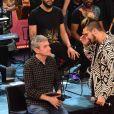 Luan Santana conversa com Serginho Groisman nos bastidores do especial