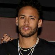 Neymar deixa de usar muletas dois meses após lesão: 'Até nunca mais'