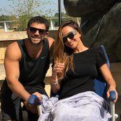 Sabrina Sato aparece de cadeira de rodas em foto com o noivo: 'Já já ela volta'