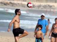 Eriberto Leão se diverte em folga de novela com o filho João na praia. Fotos!