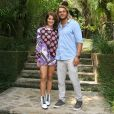 Isabella Santoni contou que Caio Vaz está  acostumando com a exposição do namoro na mídia