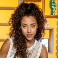 Jade (Yara Charry) pergunta se Tito (Tom Karabachian) quer namorar com ela no capítulo de quarta-feira, 9 de maio de 2018 da novela 'Malhação: Vidas Brasileiras'